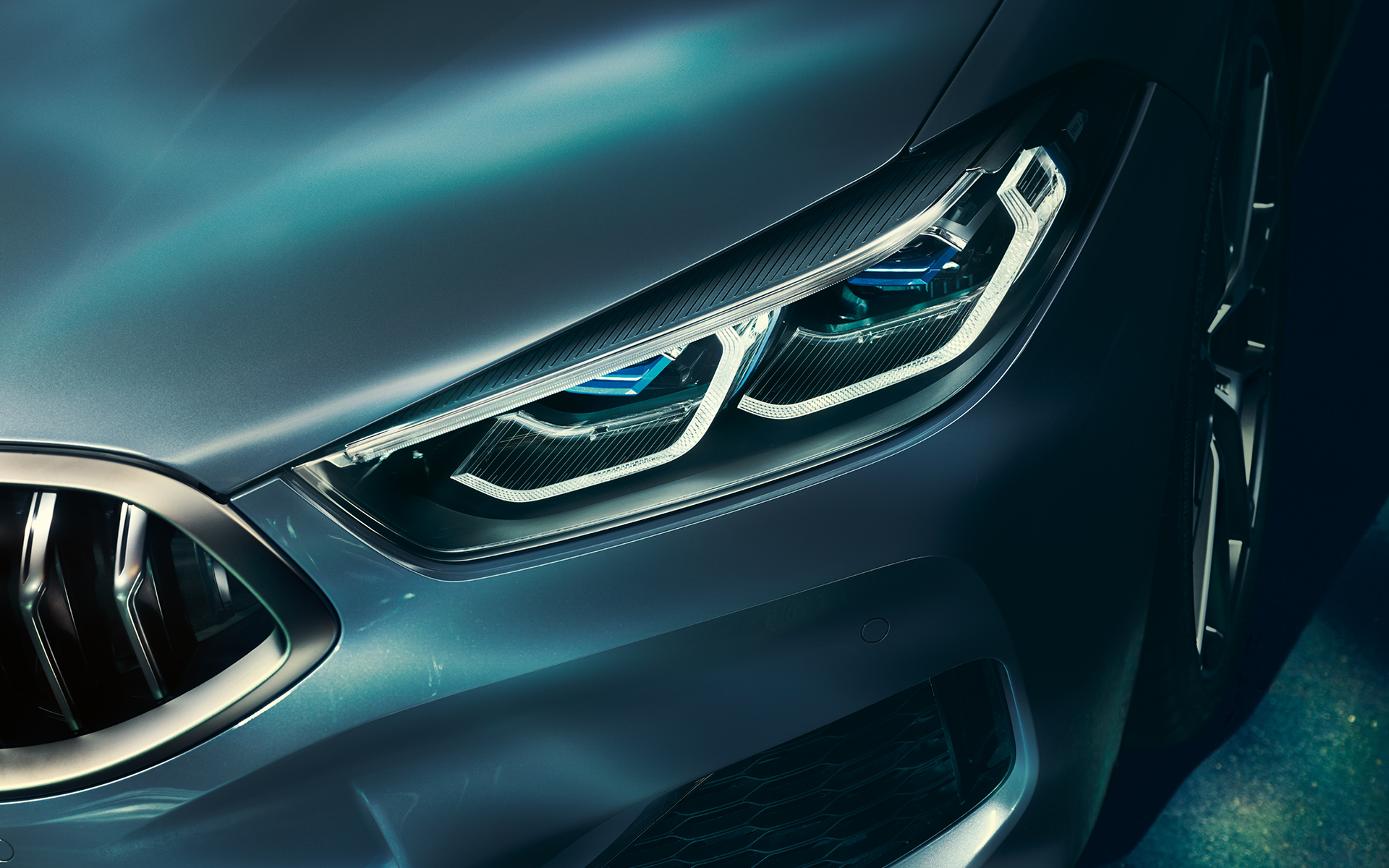 Close-up of the laser lights of the BMW 8 Series Coupé.