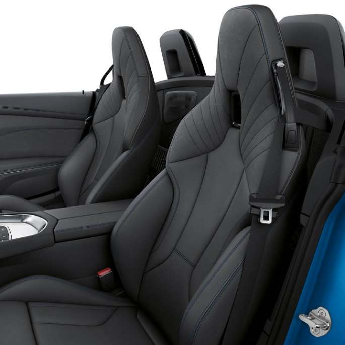 BMW Z4 Roadster Model M Sport, front seats